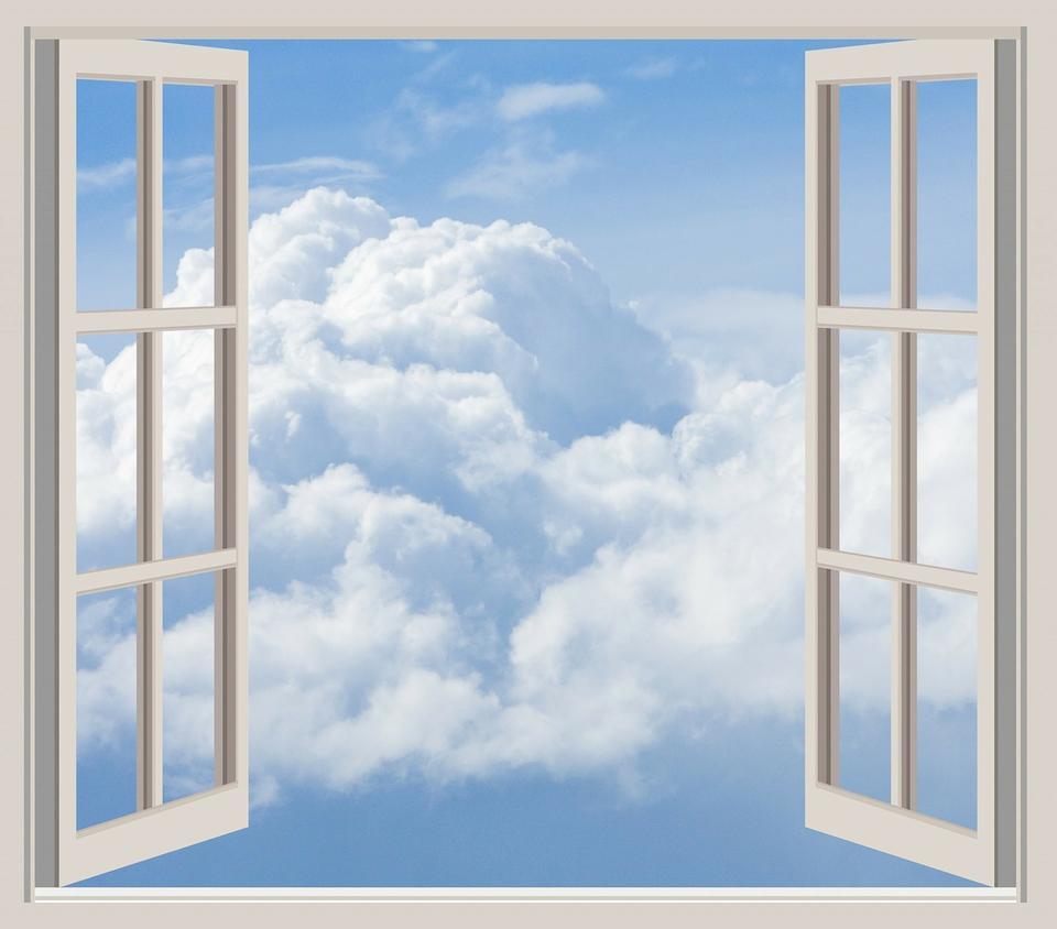 Öffnen durchs Fenster gesehen
