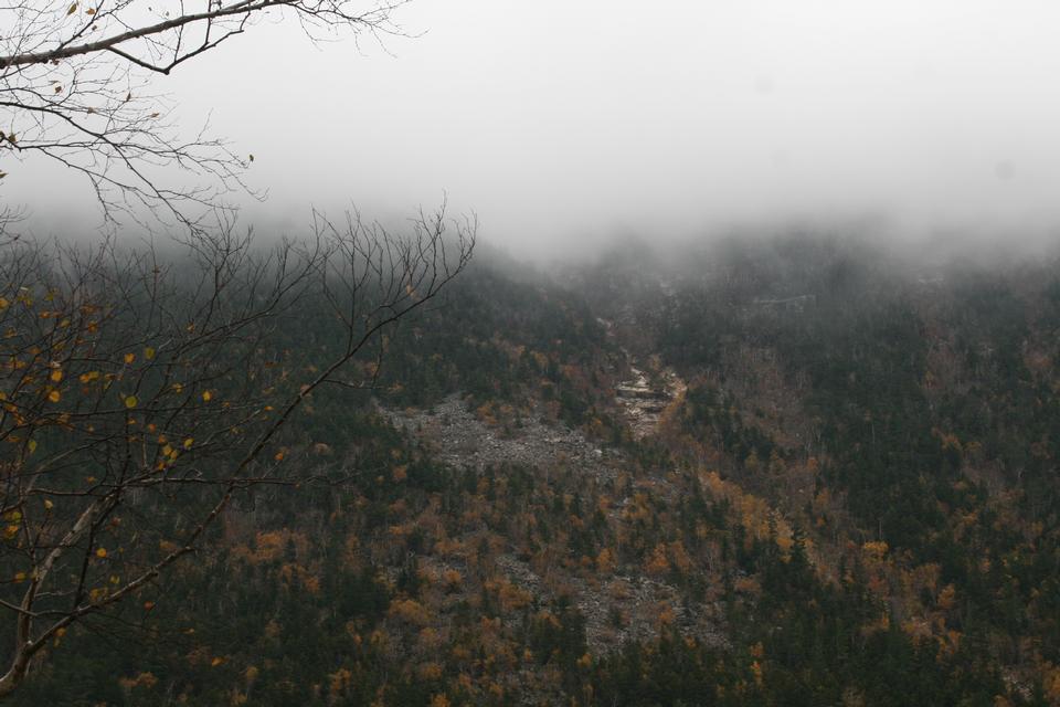 Mt. Madison Gorham, New Hampshire durante la caduta