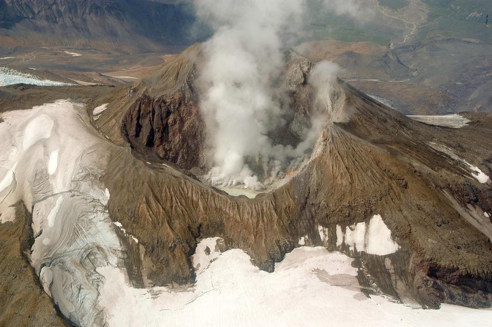 Katmai Calder, glacier, and Mt Griggs