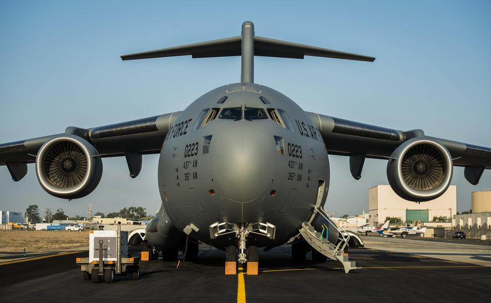 美國空軍C-17環球霸王III