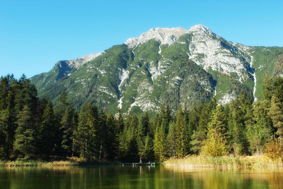호수 반사 오스트리아의 알프스