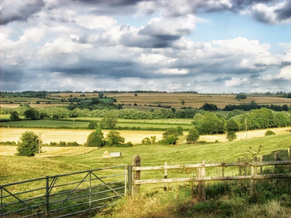 Живописный пейзаж на Ближнем Aston Южный Йоркшир Англии
