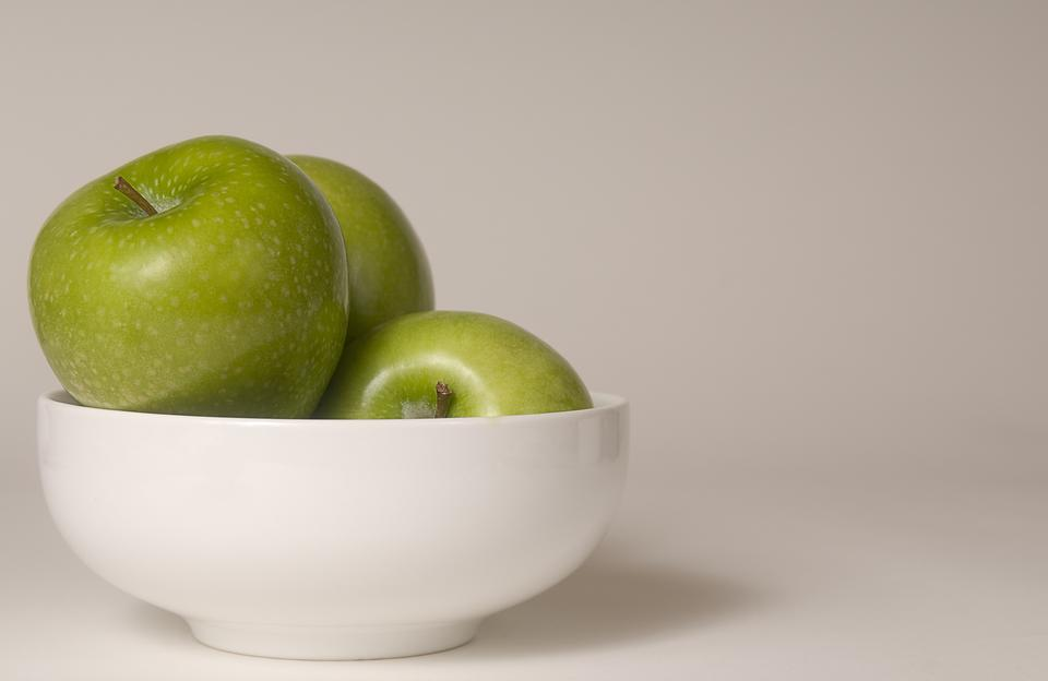A Bowl Of Green Granny Smith Apples