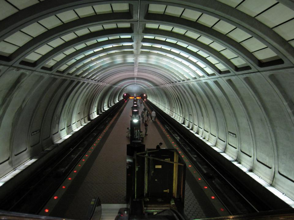 站华盛顿地铁列车地铁
