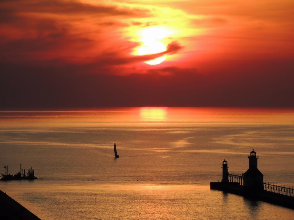 夕陽在密歇根湖
