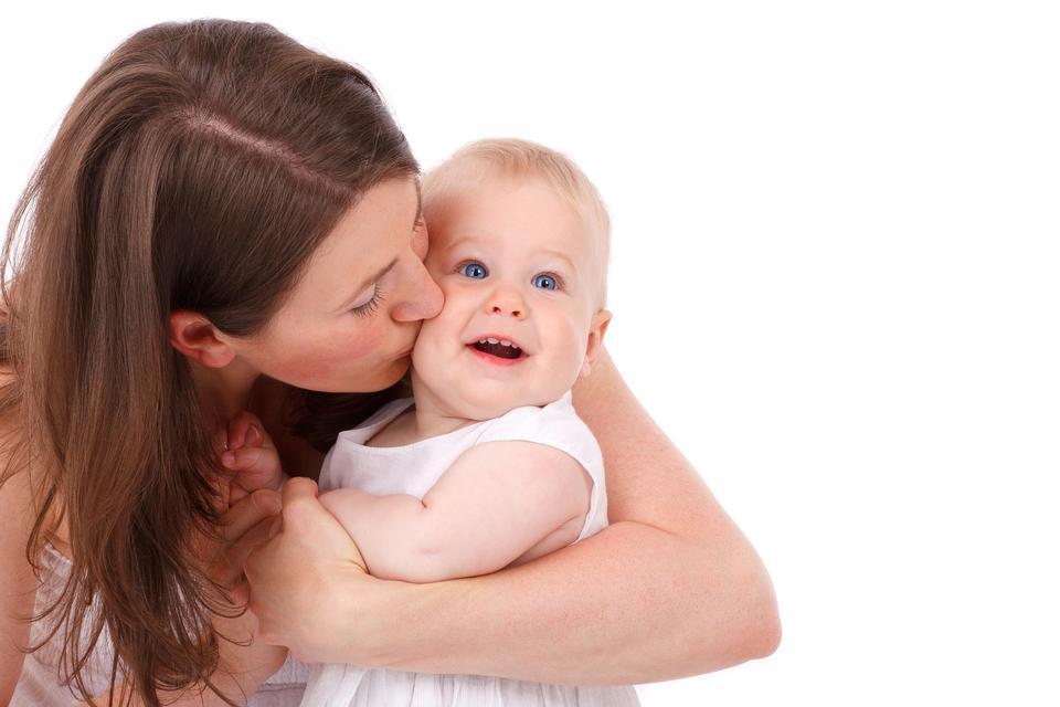 Cuidado del bebé caucásica mejilla Niño