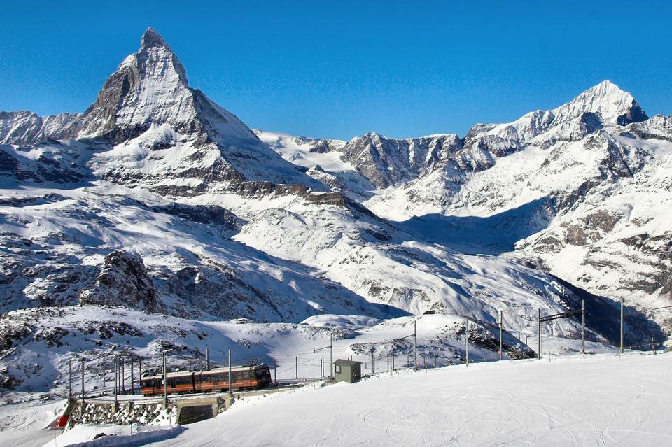 Gornagrat火車馬特瑞士阿爾卑斯山