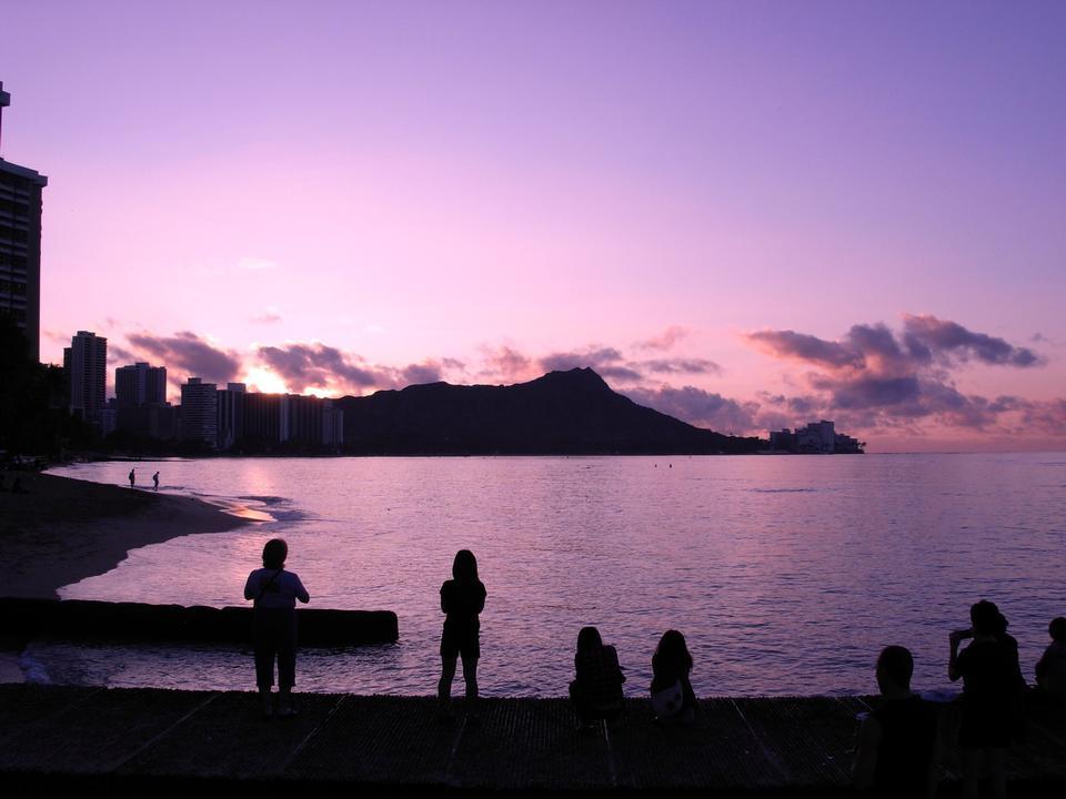Diamondhead all'alba Waikiki Hawaii
