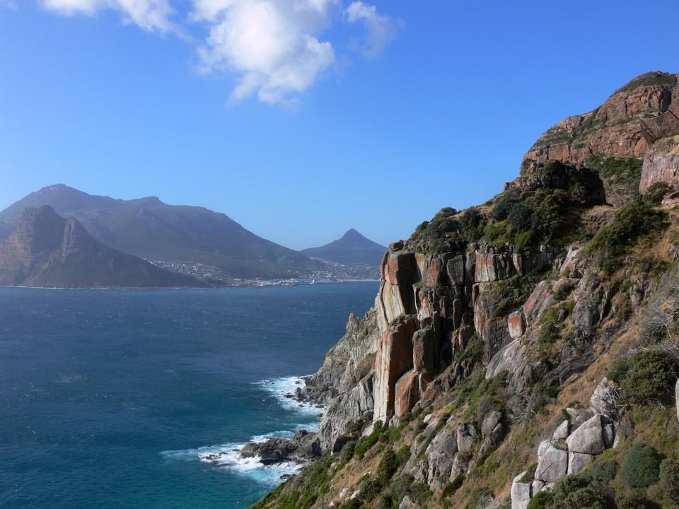 Felsklippen rund um Eingang zum Hout Bay Kapstadt Südafrika