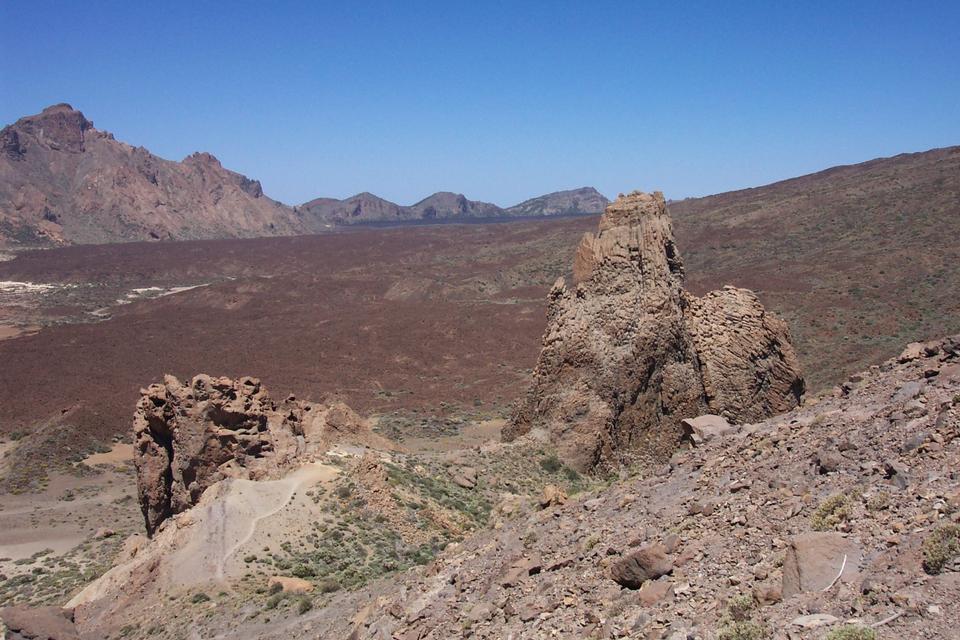 テネリフェ島カルデラに高い火山地形