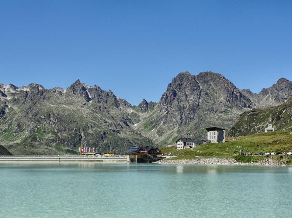 Beautifule Landscape of Lake Reflections Austria