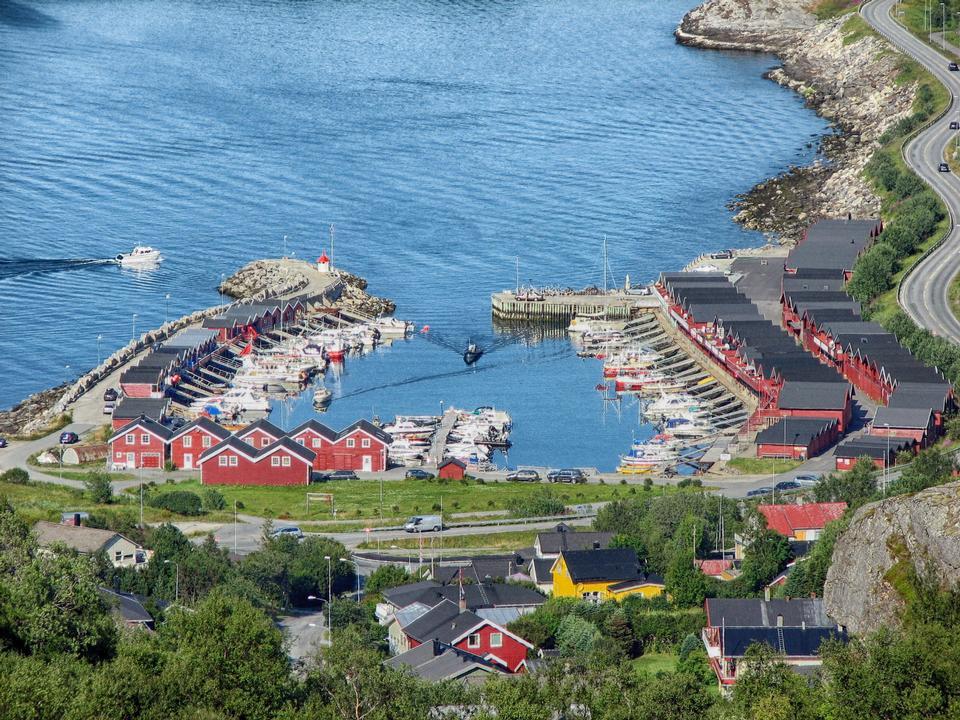 美しいハーバーボードーノルウェー