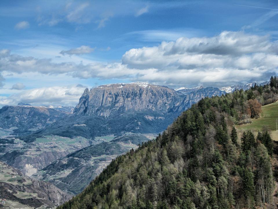 Schöne Berge in Italien