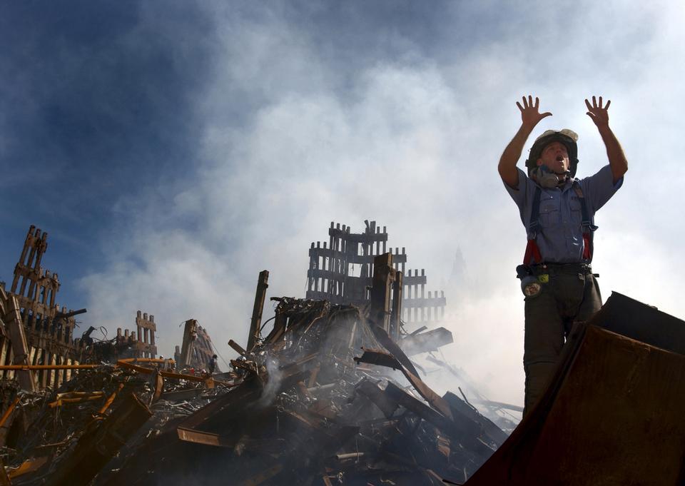Un vigile del fuoco di New York City