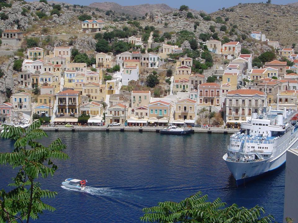 他洛斯镇在希腊西米岛