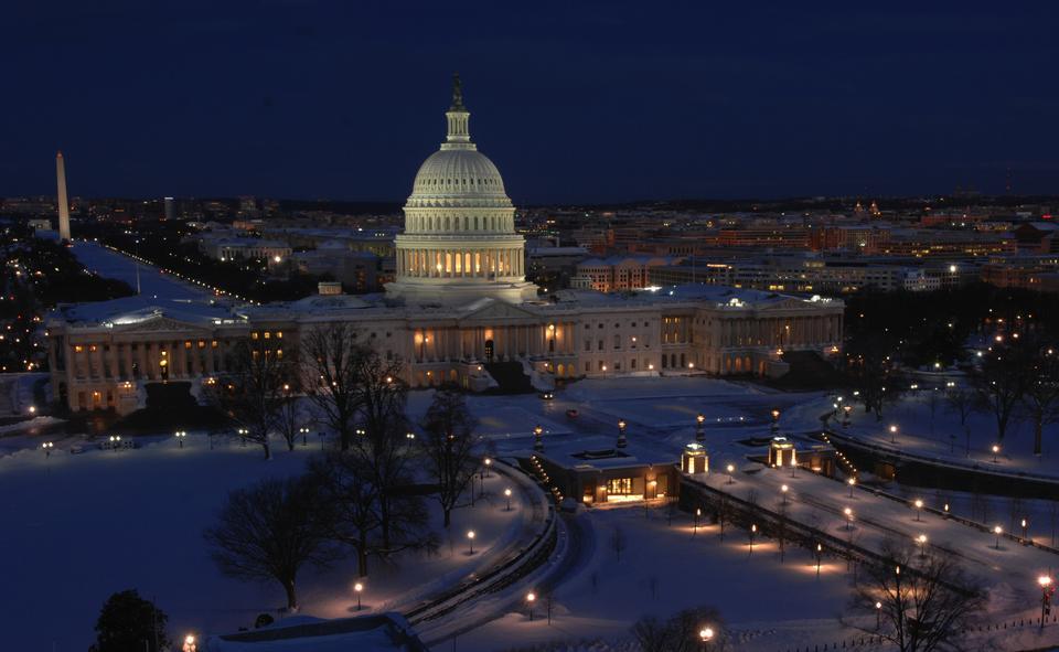 美国国会大厦的冬季 - 华盛顿