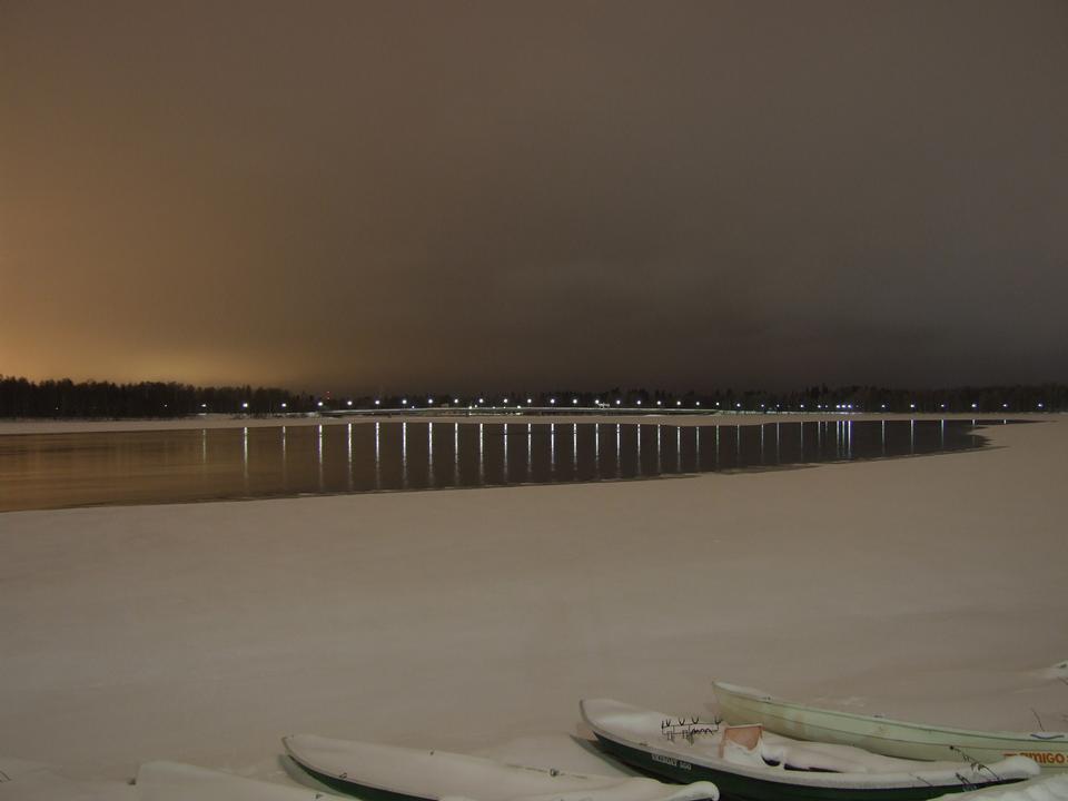 Finlandia notte coperto di neve