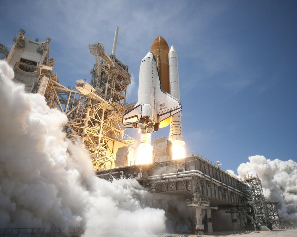 NASA Space Shuttle Discovery Rocket Take Off