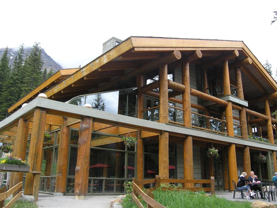 民钛扎哈Lodge在路易斯湖阿尔伯塔