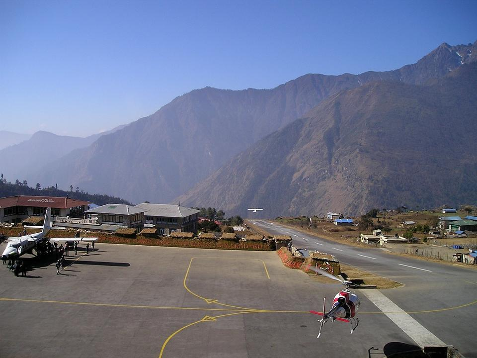 Nepal Airport Lukla Everest Trekking