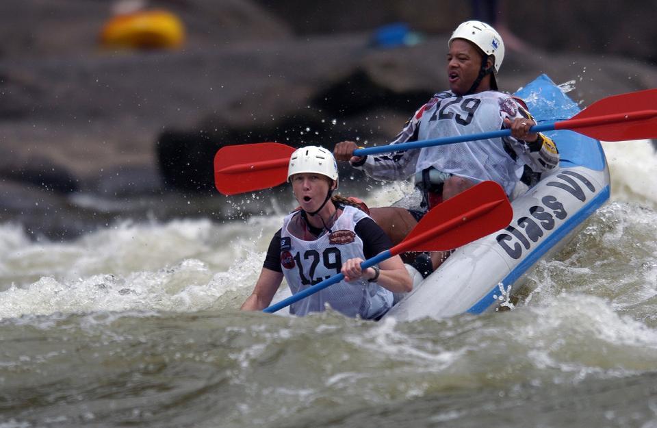 Wildwasser-Rafting auf den Stromschnellen von West Virginia