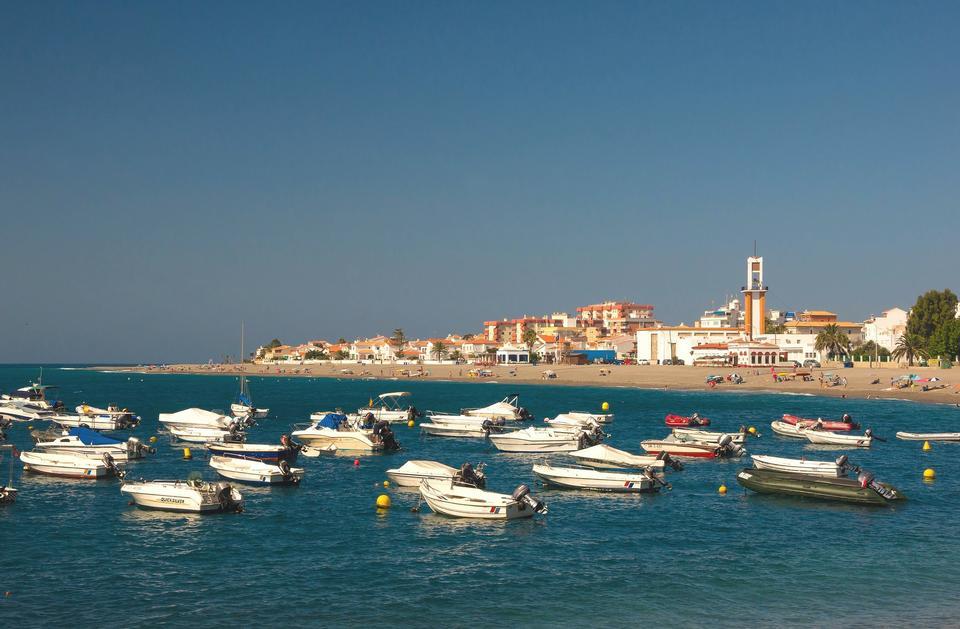 Village de pêcheurs de la baie de l'Espagne