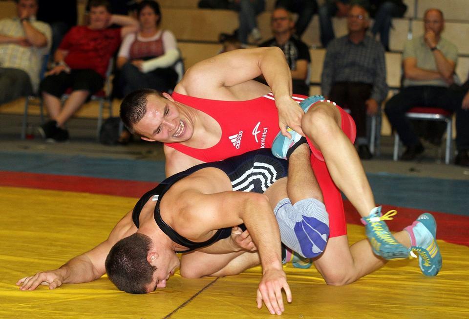 摔跤锦标赛