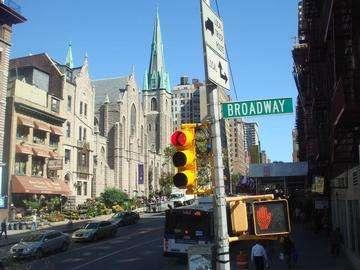 Descarga gratis la imagen de alta resolución - Ciudad de Nueva York, Estados Unidos - famoso cartel de Broadway en Manhattan