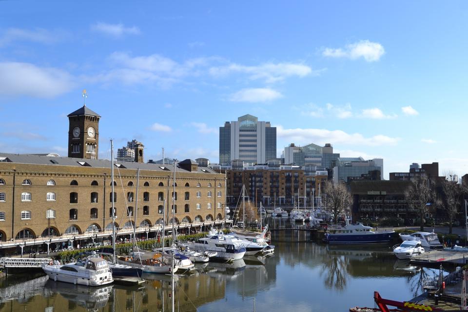 London Marina and yaughts