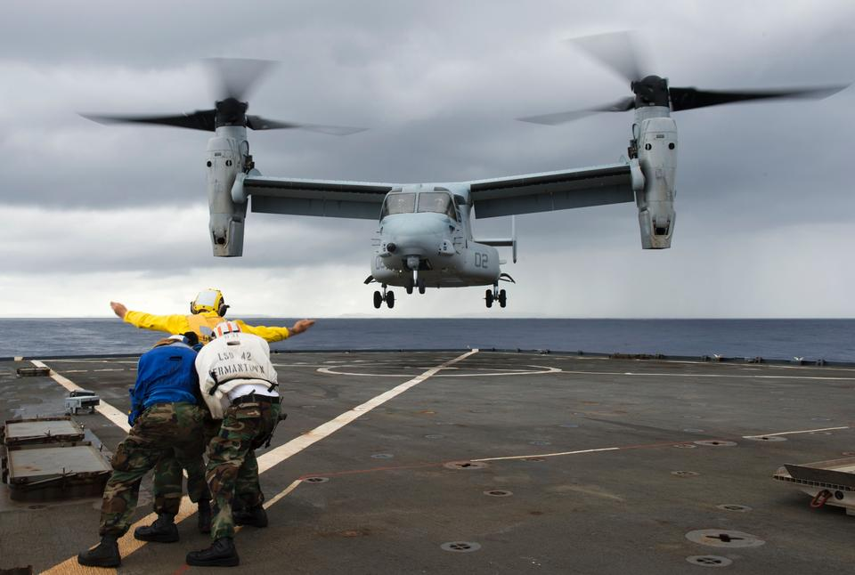 Моряки направляйте MV-22 Osprey