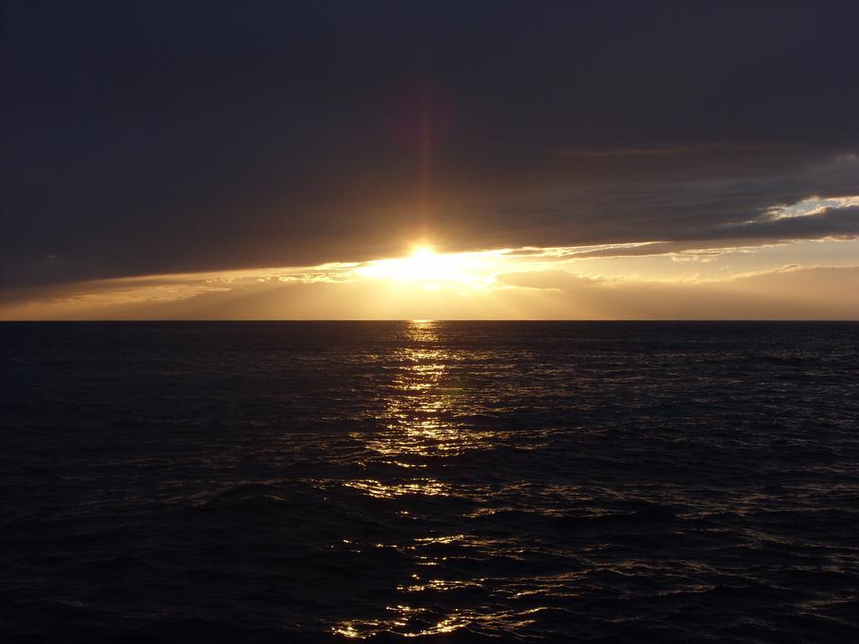 ポルトヴェーネレで日没