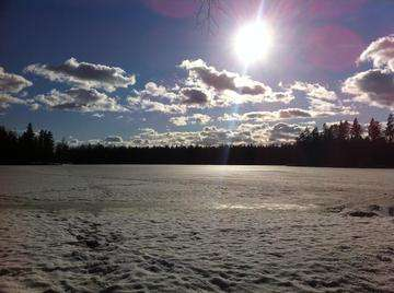 Descarga gratis la imagen de alta resolución - Lago congelado Svedjatrasket, Karis, Finlandia