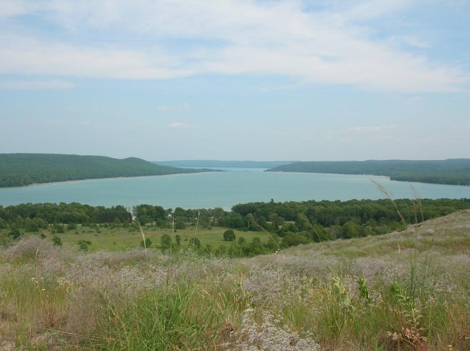 格伦湖从三叶径