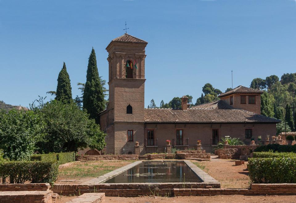 教会サンフランシスコアルハンブラ、グラナダ、スペイン