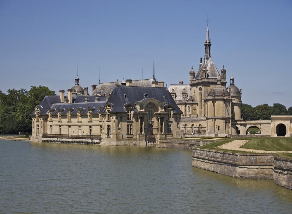 尚蒂伊城堡 - 城堡在法国