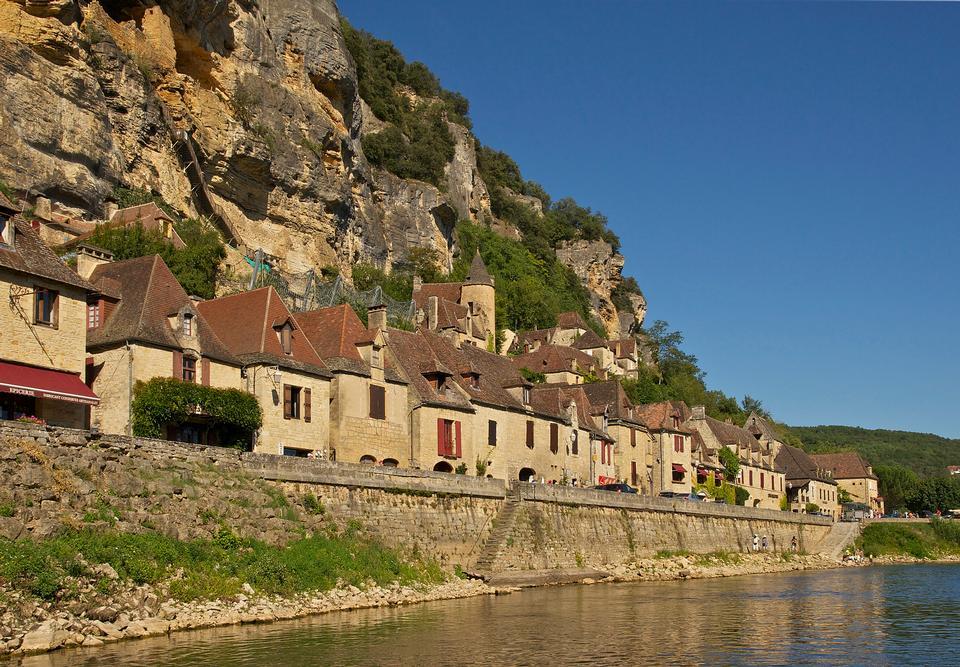 hermoso pueblo de La Roque Gageac Dordogne perigord Francia