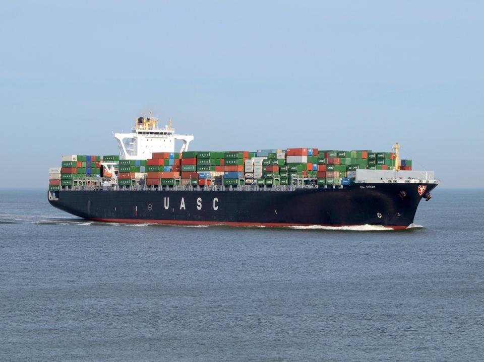 cargo de conteneurs à Rotterdam, Pays-Bas.