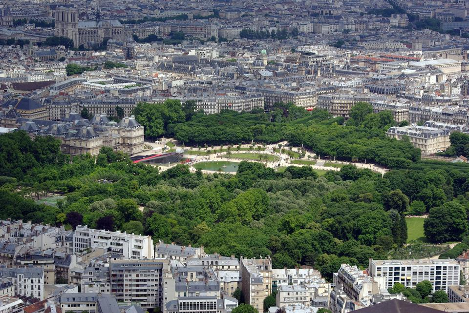 Bird view on Paris with the Luxembourg Palace and Notre Dame