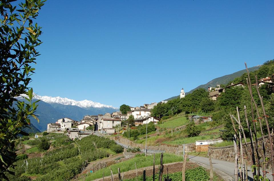 蒂拉诺镇在意大利