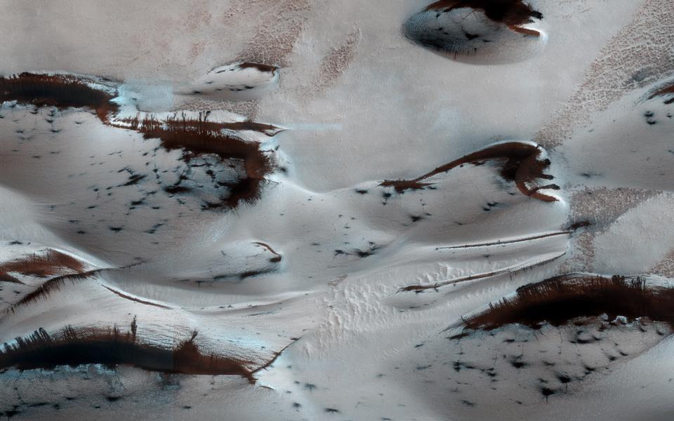 春季火星沙丘