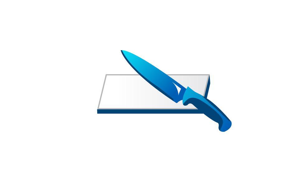 Нож и разделочная доска