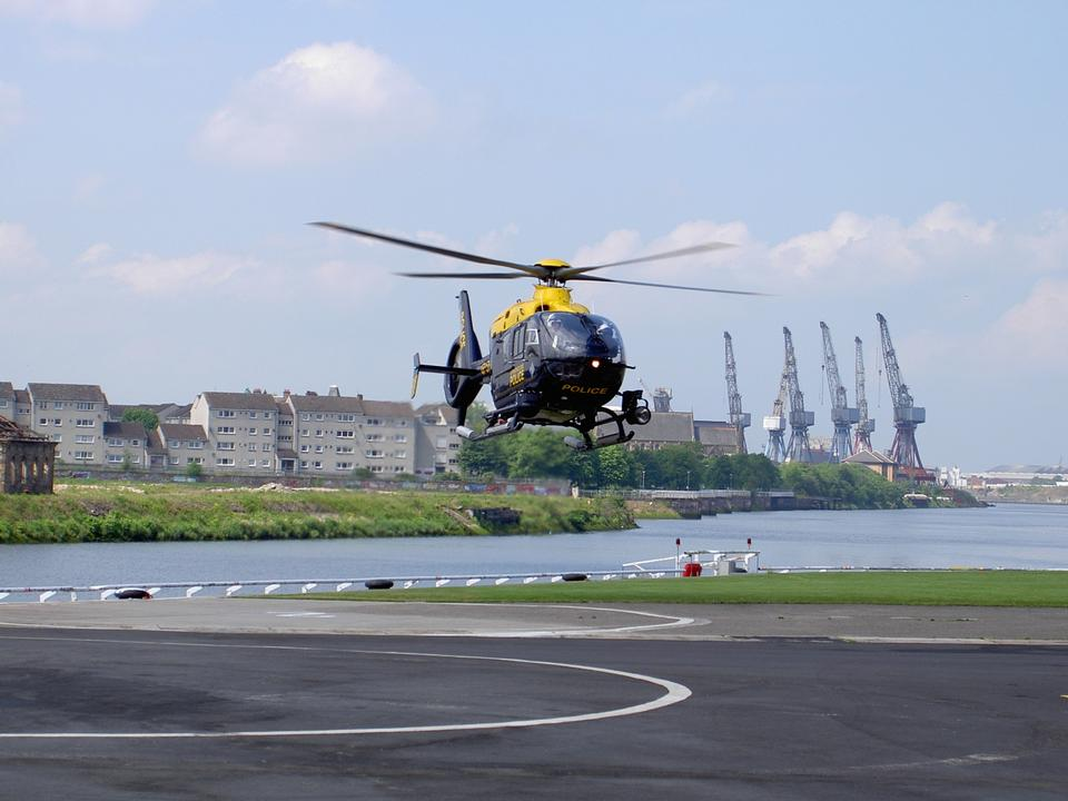 helicóptero de la policía Eurocopter