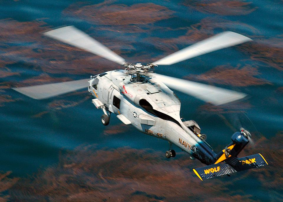 A SH-60 Seahawk from the Wolfpack of Helicopter