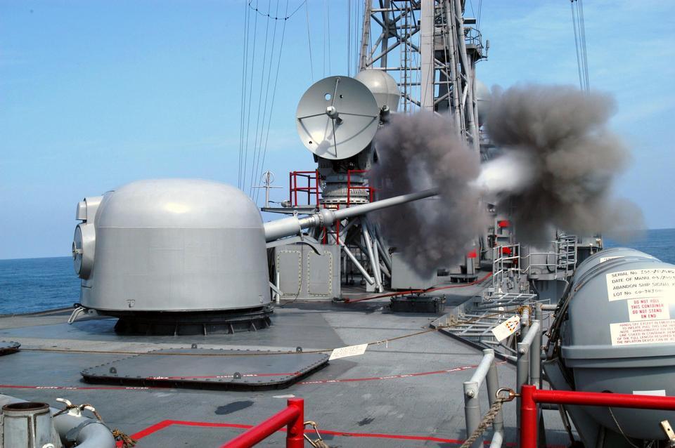 62口径的三英寸枪登上导弹护卫舰