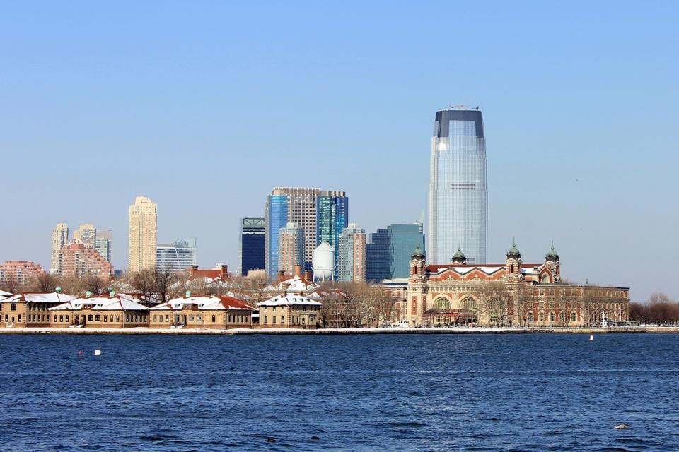 埃利斯岛在纽约港