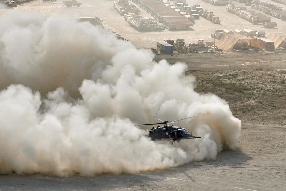 Un elicottero HH-60G Pave Hawk