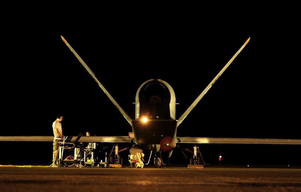 Global Hawk prepares for flying mission