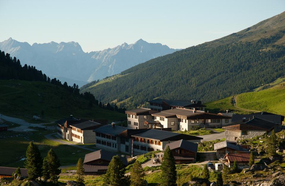 Деревня у Карвендел горы