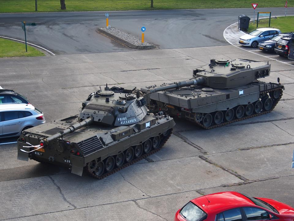 Leopard 2A4 sur Musée de la Cavalerie, Amersfoort Pays-Bas
