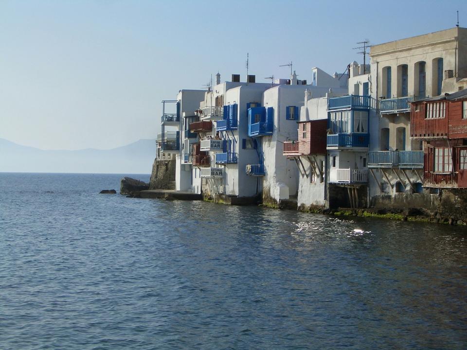 小威尼斯在日落米克诺斯岛地中海
